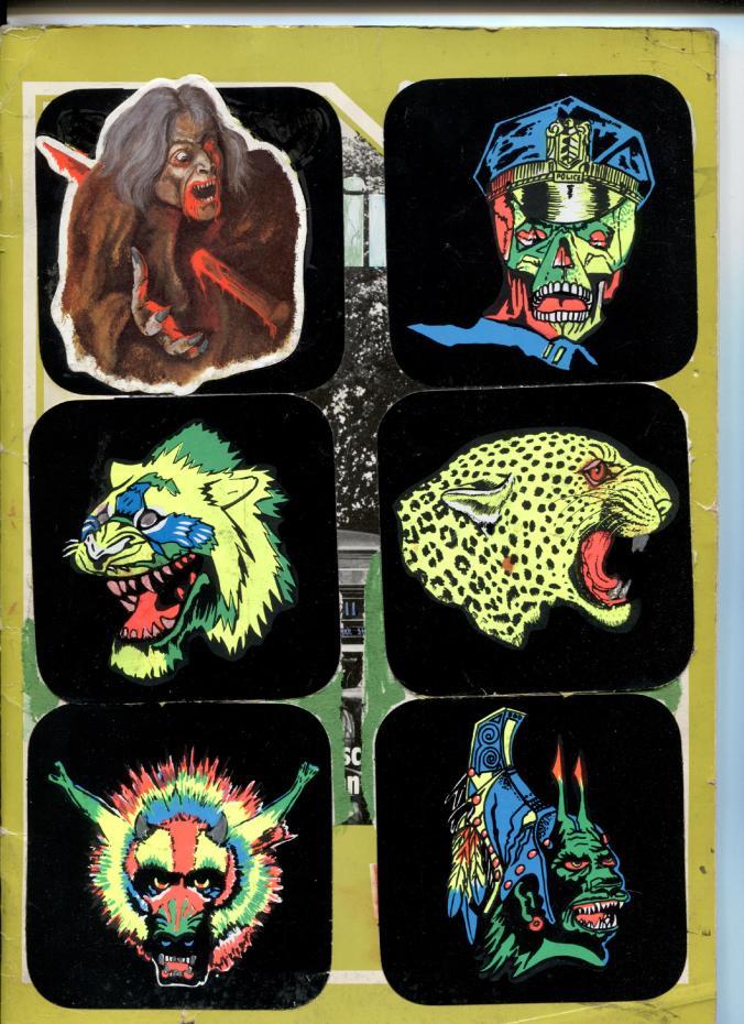 Horror-Sticker von der Kirmes oder Jahrmarkt mit Leuchtfarben auf Schwarz