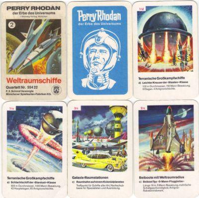 Das seltene Perry Rhodan Quartett 2 zeigt terranische und extraterrestrische Weltraumschiffe rund um den Erbe des Universums.