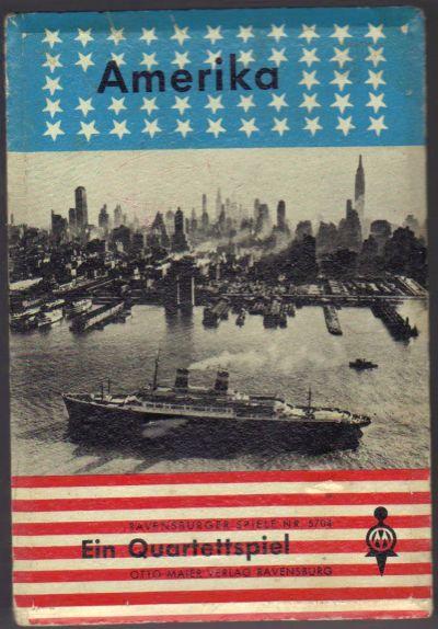 """Das Quartettspiel """"Amerika"""" vom Otto Maier Verlag Ravensburg mit der Skyline von Manhattan stellt die USA der 50er-Jahre in Schwarz-Weiß-Motiven vor."""