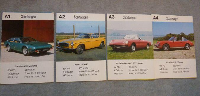 4 Postkarten des raren Jungenkalender 1972 Auto-Asse von ASS mit Volvo 1800, Lamborghini Jarama, Alfa 2000 GTV Spider und Porsche 911 Targa