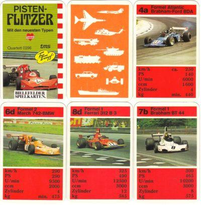 """Das Bielefelder-Spielkarten-Autoquartett """"Pisten-Flitzer"""" hat einen March-BMW Formel 2 auf dem Titel und enthält den Niki Lauda Ferrari 312 B3, Jägermeister-March, Brabham-Ford Formel Atlantic und mehr. Logos: Joker, tms, TopTrumpf."""